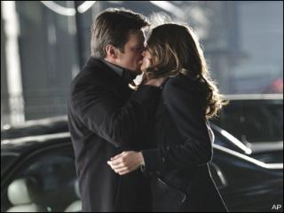 101203_castle_first_kiss